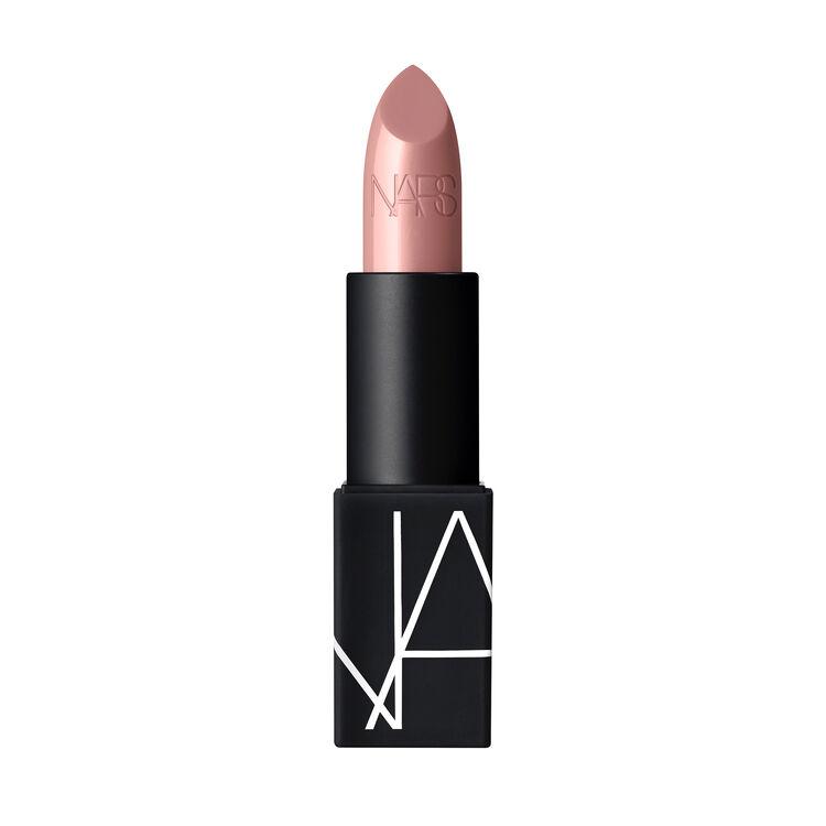 Lipstick, Cruising
